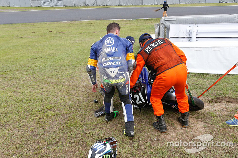 #21 Yamaha: Pol Espargaro terlibat dalam tabrakan