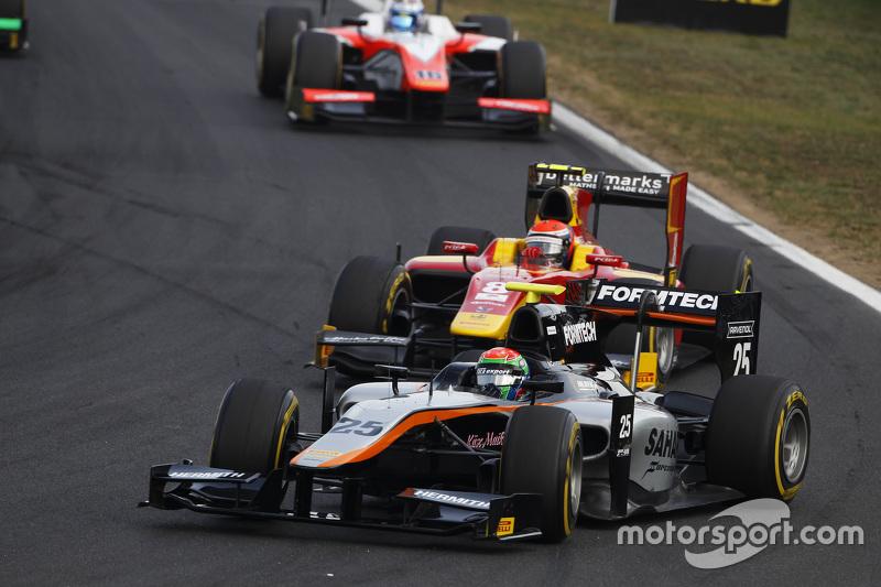 Sergio Canamasas, Hilmer Motorsport memimpin Alexander Rossi, Racing Engineering