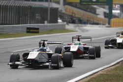 Заід Ашканані, Campos Racing лідирує  Альфонсо Селіс молодший, ART Grand Prix