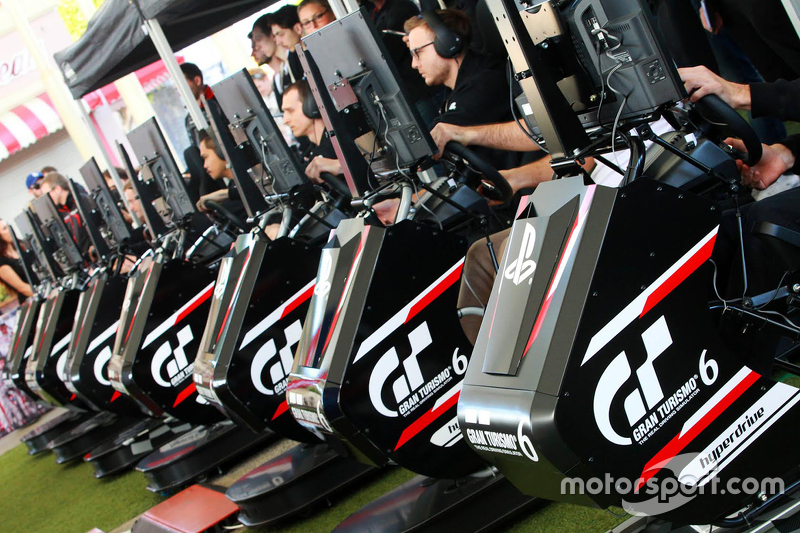 GT Academy drivers compete on the PlayStation