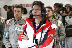 Dr. Frank-Steffen Walliser, patron de Porsche Team