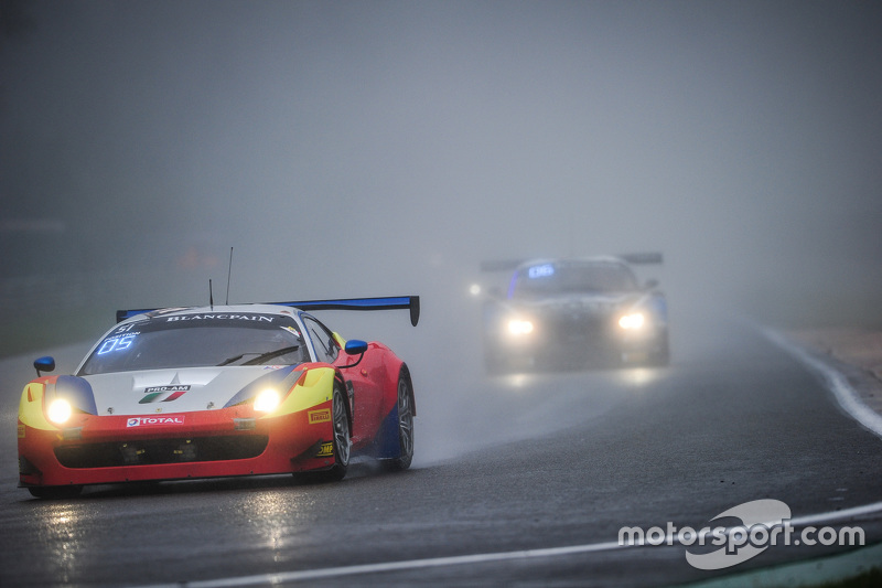 #51 AF Corse Ferrari 458 Italia: Данкан Камерон, Меттью Гріффін, Давіде Рігон, Франціско Гуедес
