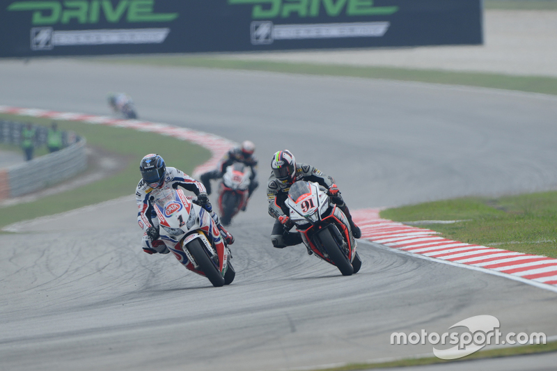 Sylvain Guintoli, Pata Honda et Leon Haslam, Aprilia Racing Team