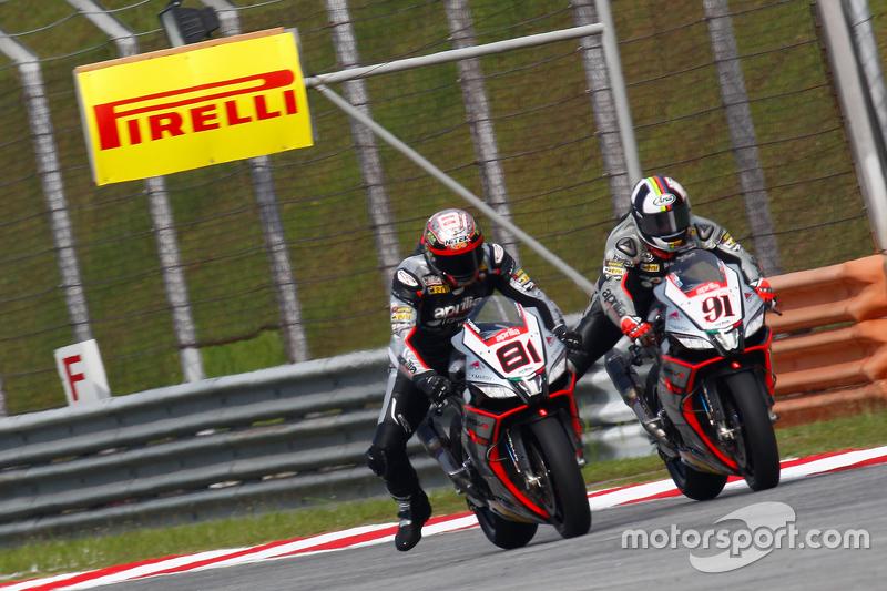 Jordi Torres, Aprilia Racing Team and Leon Haslam, Aprilia Racing Team