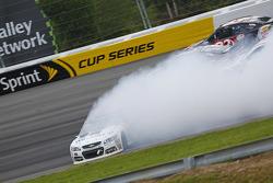 Dale Earnhardt Jr., Hendrick Motorsports Chevrolet spin