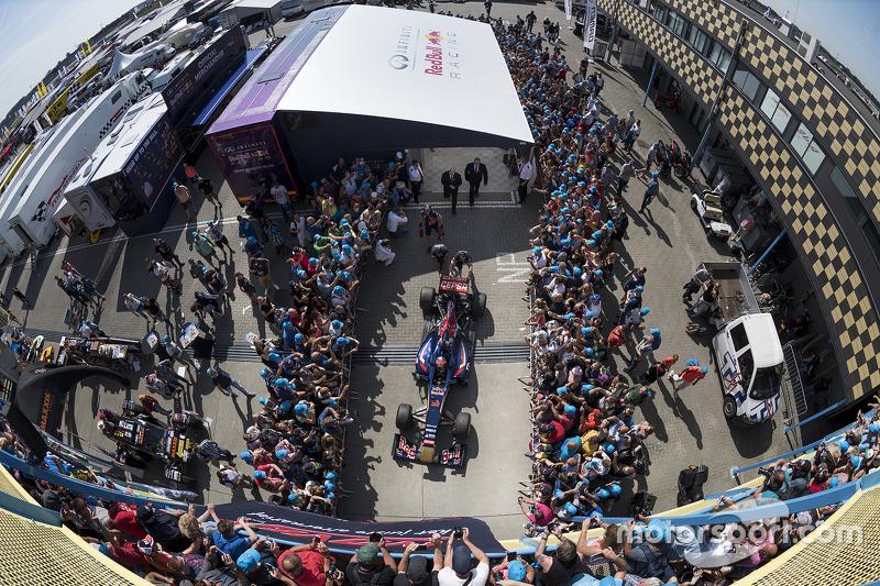 Max Verstappen beim Red-Bull-Showrun in Assen