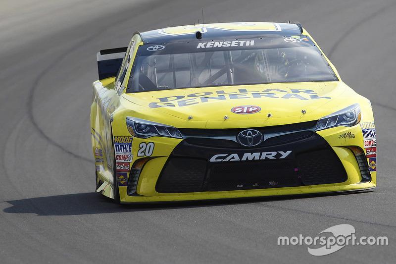 Метт Кенсет, Joe Gibbs Racing Toyota running з a flared out side