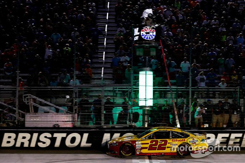 Juara balapan Joey Logano, Joe Gibbs Racing