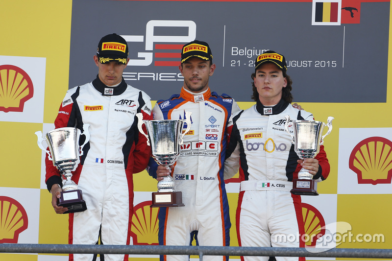 Podium: second place Esteban Ocon, ART Grand Prix and winner Luca Ghiotto, Trident and third place A