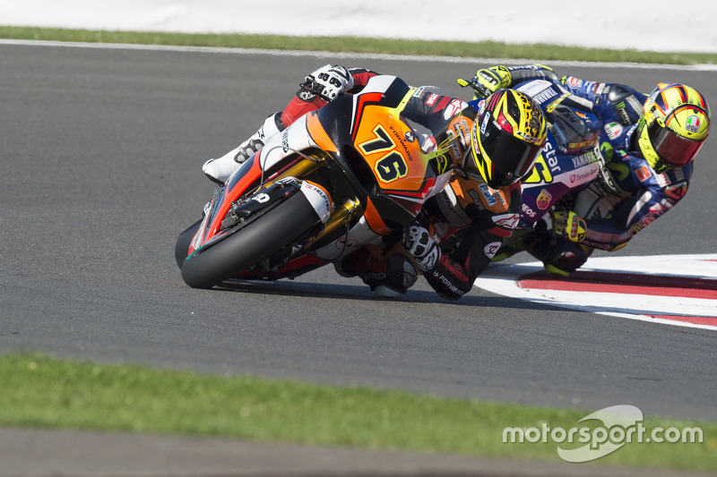Loris Baz, Forward Racing Yamaha, dan Valentino Rossi, Yamaha Factory Racing