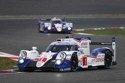 #1 Toyota Racing Toyota TS040 Hybrid: Себастьен Буэми, Энтони Дэвидсон, Казуки Накаджима