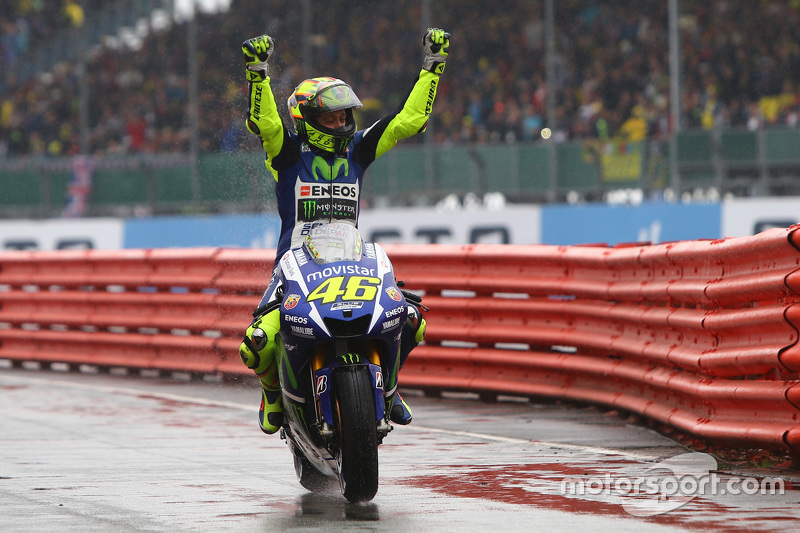 Valentino Rossi, Yamaha Factory Racing, fête sa victoire