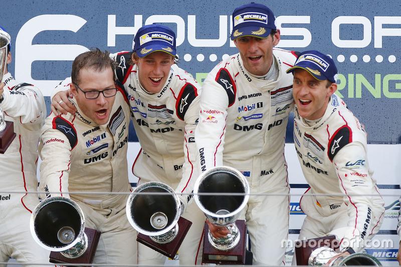 Podium: 1. Timo Bernhard, Mark Webber, Brendon Hartley, Porsche Team