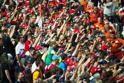 Fans en los pits