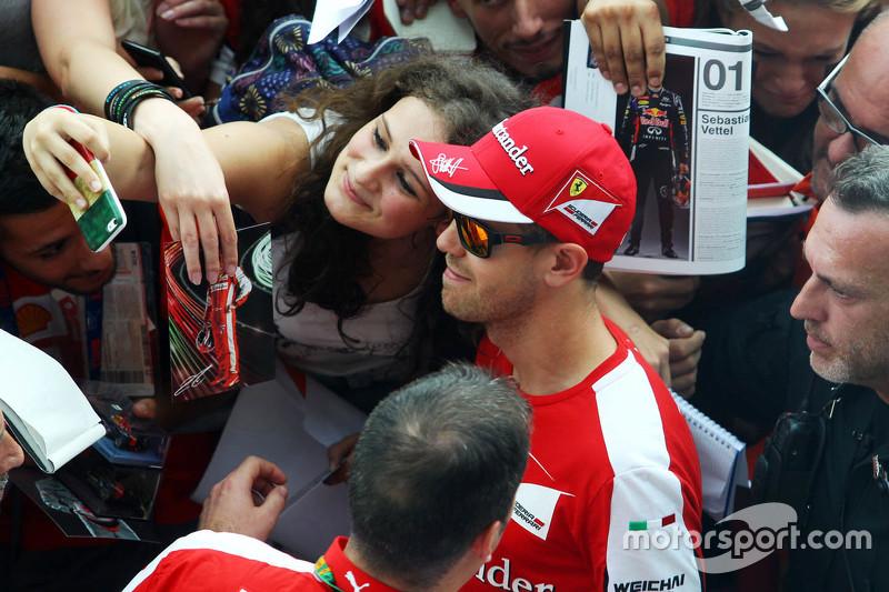 Sebastian Vettel, Ferrari with the fans