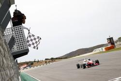 Race 1 Winner Jake Dennis, Prema Powerteam Dallara Mercedes-Benz