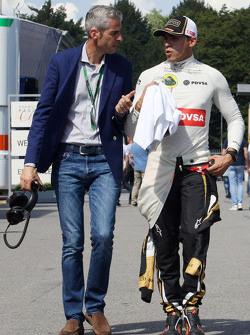 Alessandro Alunni Bravi, Manager de Pilotes avec Pastor Maldonado, Lotus F1 Team