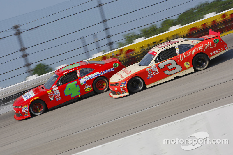 Ross Chastain, JD Motorsports Chevrolet and Ty Dillon, Richard Childress Racing Chevrolet