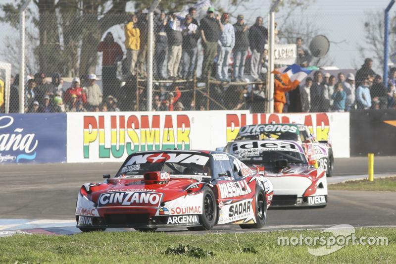 Матіас Россі, Donto Racing Chevrolet та Норберто Фонтана, Laboritto Jrs Torino та Каміло Ечеваррія,