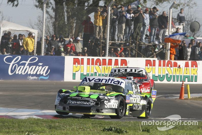 Мауро Галломбардо, Maquin Parts Racing Ford та Педро Джентіле, JP Racing Chevrolet