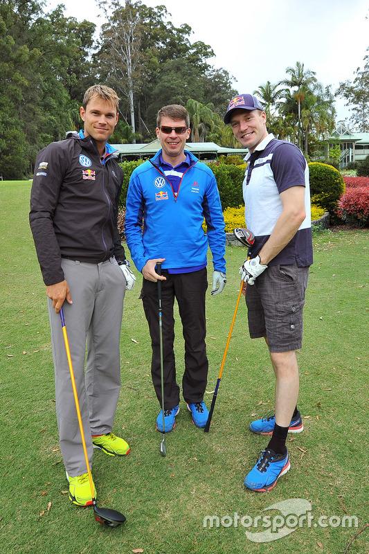 Andreas Mikkelsen, Jari-Matti Latvala en Miikka Anttila, Volkswagen Motorsport, gaan golfen op het B