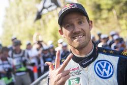 凭借在澳大利亚拉力赛的夺冠,塞巴斯蒂安·奥吉尔收获了他本赛季WRC第7场胜利,并成功提前卫冕年度冠军。法国人现在是3届WRC冠军。