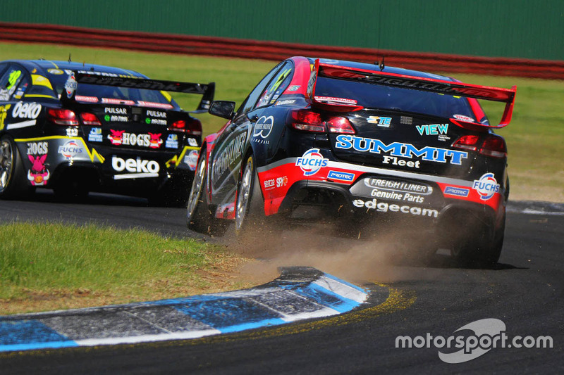 Fabian Coulthard und Luke Youlden, Brad Jones Racing Holden