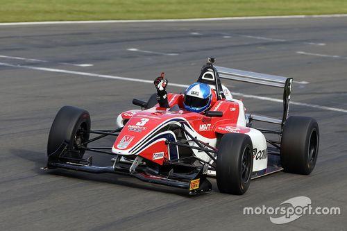 British F4 : Donington