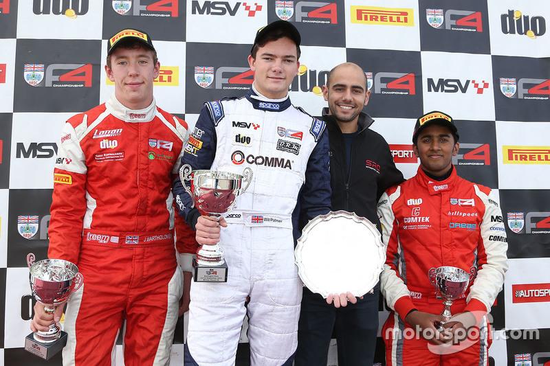 Podium race 2: winner Will Palmer, HHC Motorsport, second place Jack Bartholomew, Lanan Racing third