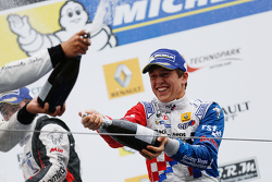 Podium: race winner Ben Barnicoat, Fortec Motorsports
