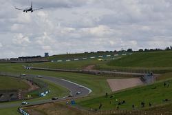 Atmosfir balapan di Donington