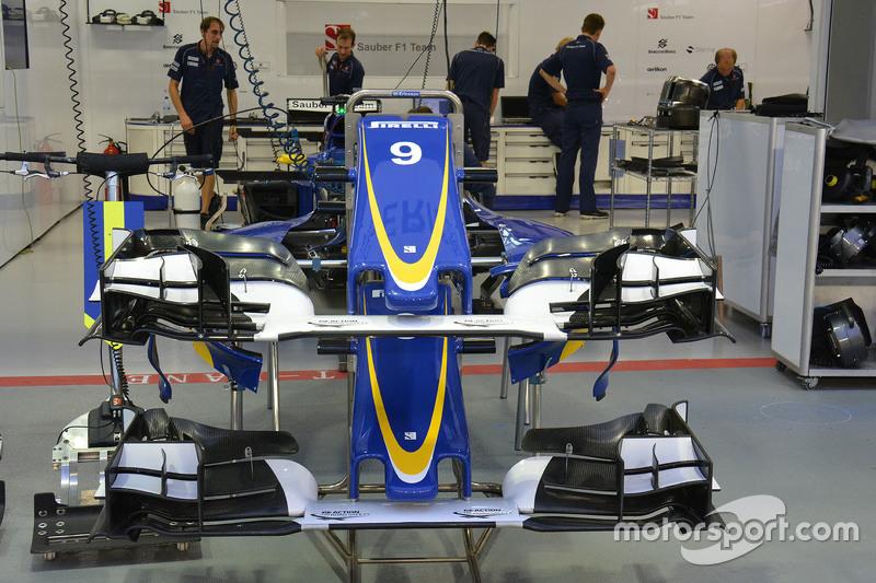Detalhe da asa dianteira da Sauber