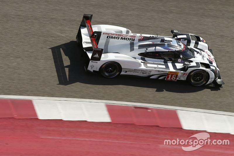 #18 Porsche Team Porsche 919 Hybrid: Romain Dumas, Neel Jani, Marc Lieb