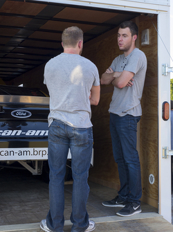 Jeffrey Earnhardt with Canadian Tire Series driver Alex Labbe