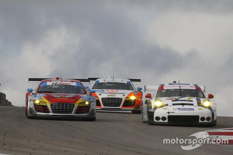 #48 Paul Miller Racing Audi R8 LMS: Крістофер Гаазе, Dion von Moltke та #911 Porsche North America Porsche 911 RSR: Патрік Пилі, Нік Тенді