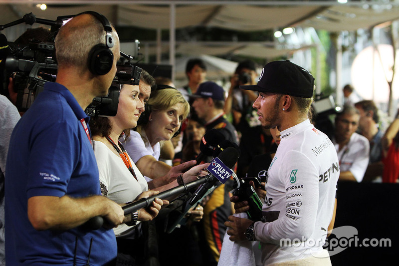 Lewis Hamilton, Mercedes AMG F1 with Lee McKenzie, BBC Television Reporter