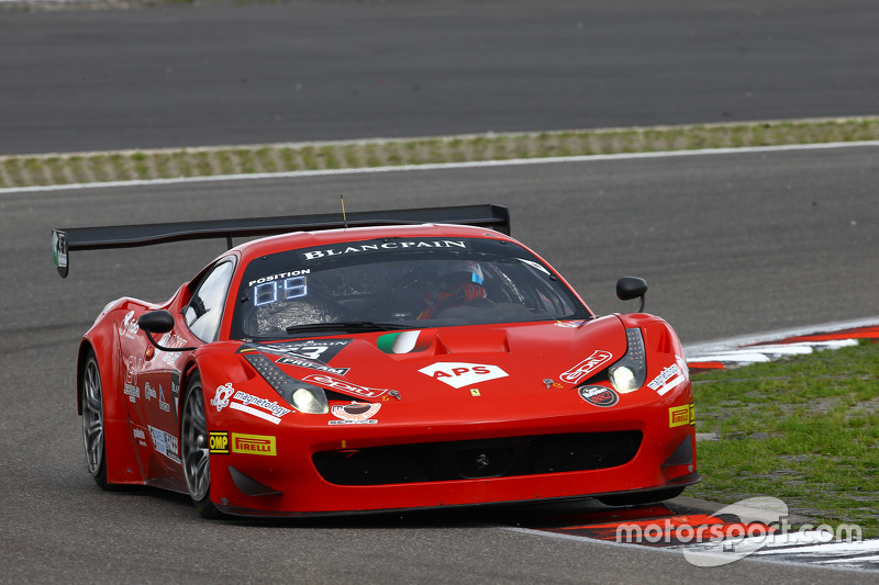 #53 AF Corse Ferrari 458 Italia: Piergiuseppe Perazzini, Francesco Guedes, Marco Cioci