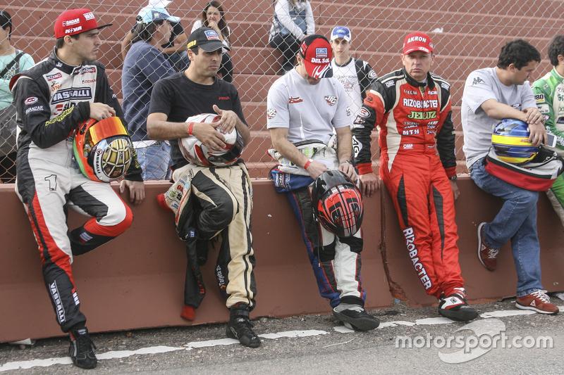 Матіас Россі, Donto Racing Chevrolet та Габріель Понсе де Леон, Ponce de Leon Competicion Ford та Ху
