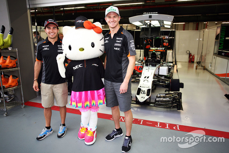 Sergio Perez, Sahara Force India F1 and Nico Hulkenberg, Sahara Force India F1 with Hello Kitty