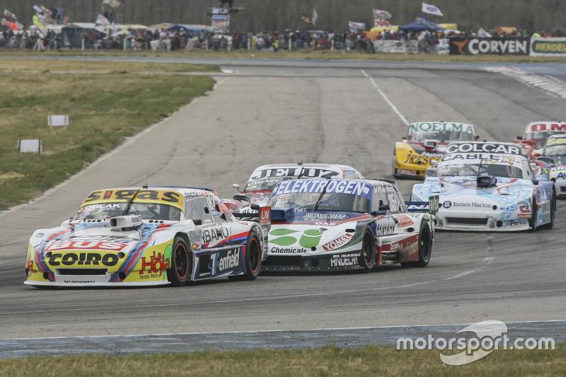Маурісіо Ламбіріс, Coiro Dole Racing Torino та Матіас Нолезі, Nolesi Competicion Ford та Федеріко Ал