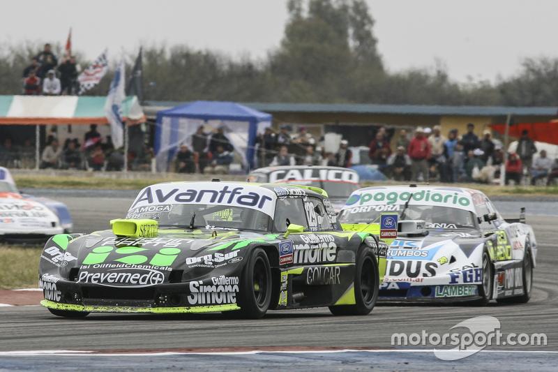 Мауро Галломбардо, Maquin Parts Racing Ford та Еміліано Спатару, UR Racing Dodge та Хосе Савіно, Sav