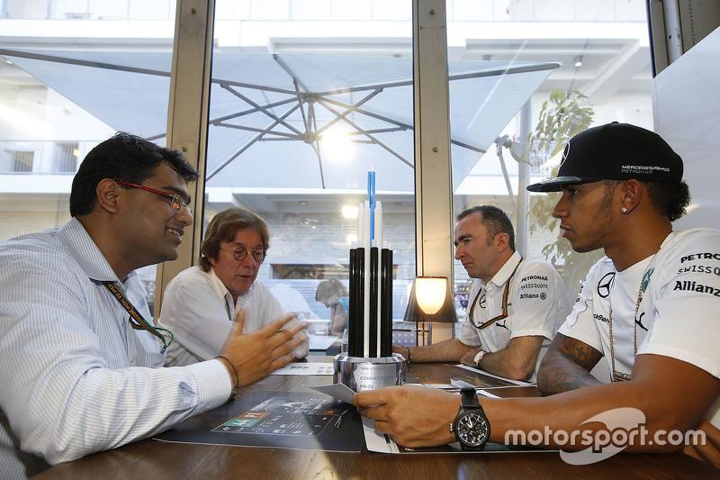 Mehul Kapadia, Tata communications ile Lewis Hamilton, Paddy Lowe, Mercedes AMG F1 Genel Müdürü ve J
