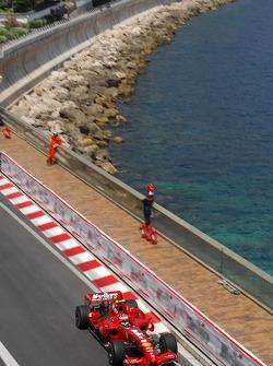 Kimi Raikkonen Scuderia Ferrari, F2007