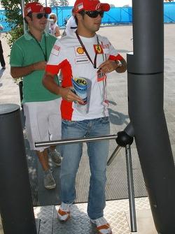 Felipe Massa, Scuderia Ferrari and his brother