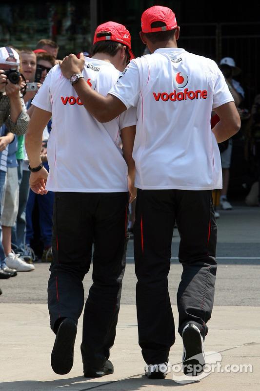 Fernando Alonso, McLaren Mercedes y Lewis Hamilton, McLaren Mercedes