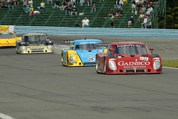 #99 Gainsco/ Bob Stallings Racing Pontiac Riley: Jon Fogarty, Alex Gurney leads