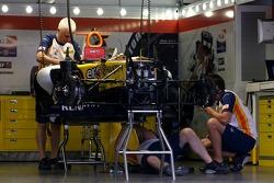 Renault F1 Team mechanics