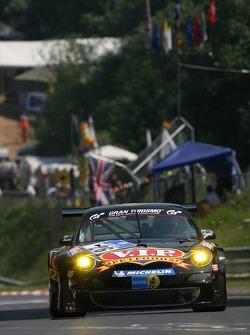 #27 VIP Petfoods Porsche 996: Shaun Juniper, Connel McLaren, John Teulan, Paul Kelly
