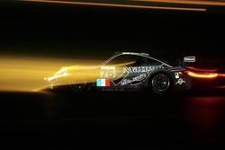 #76 IMSA Performance Matmut Porsche 997 GT3 RSR: Richard Lietz, Patrick Long, Raymond Narac, #97 BMS Scuderia Italia Porsche 997 GT3 RSR: Marc Lieb, Emmanuel Collard, Matteo Malucelli