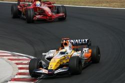 Giancarlo Fisichella, Renault F1 Team, Felipe Massa, Scuderia Ferrari